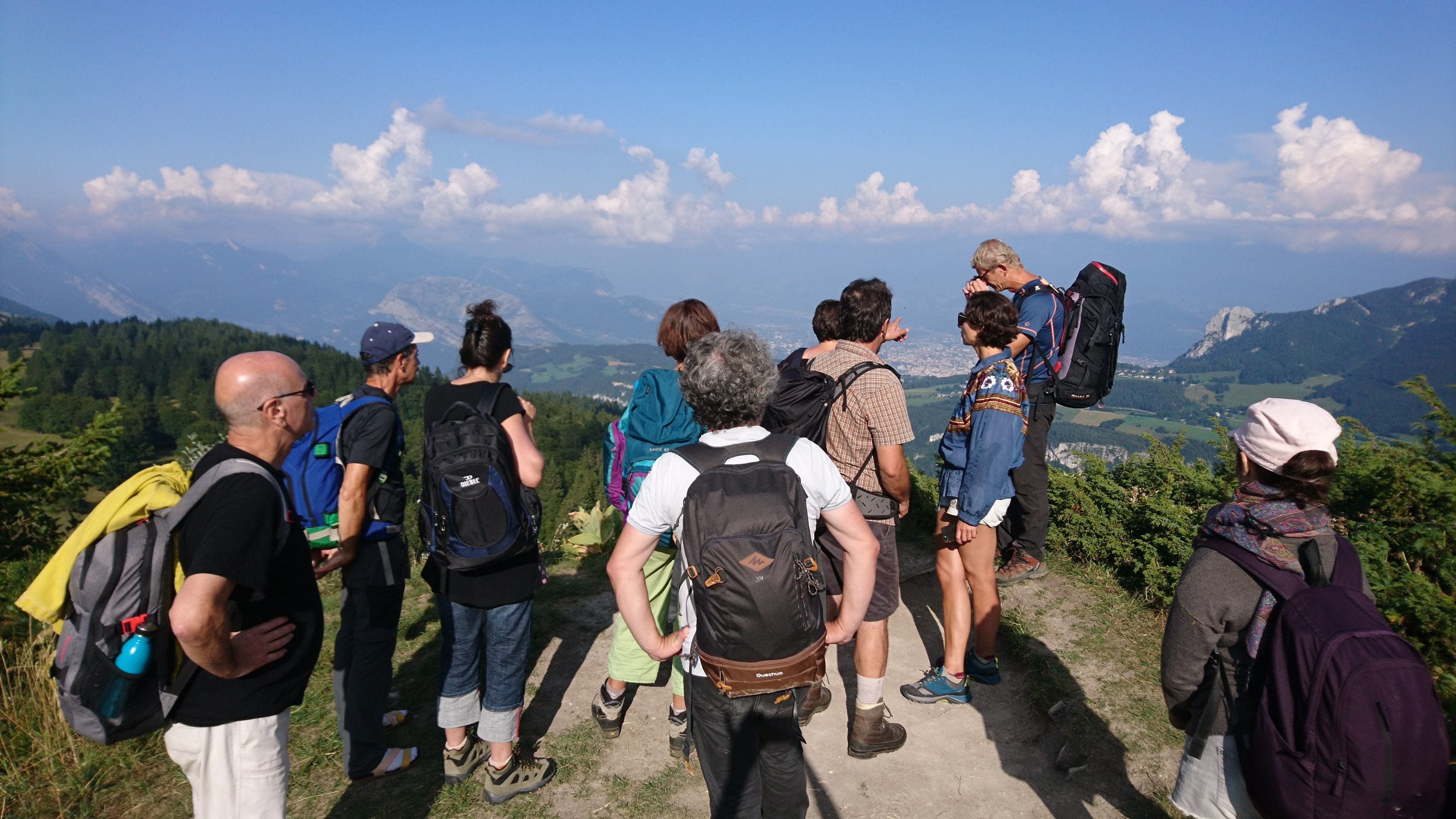 Hiking in the Vercors - Artistic Scientific and Earth Education
